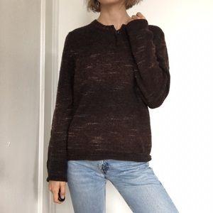 brown sweater from Italian brandFabrizio del Carlo